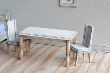 Table with Chairs 2